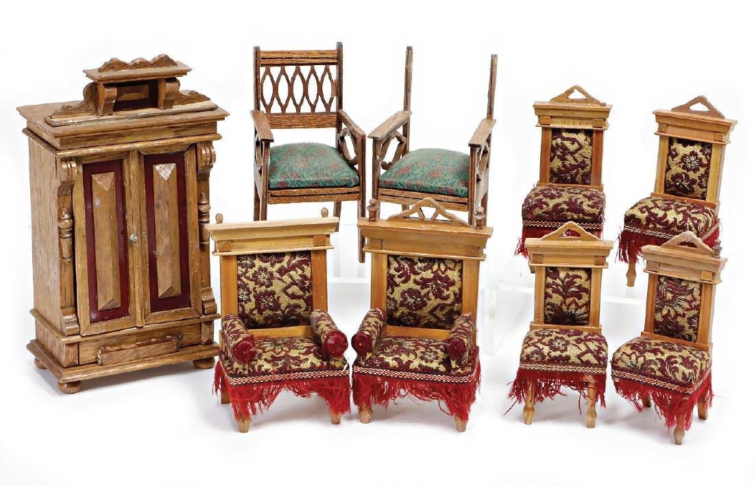 mixed lot furniture program, 1 cupboard with top,