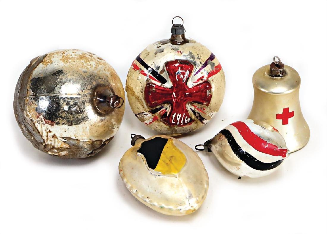 4 pieces gas, World War I, ball with Iron Cross, ball