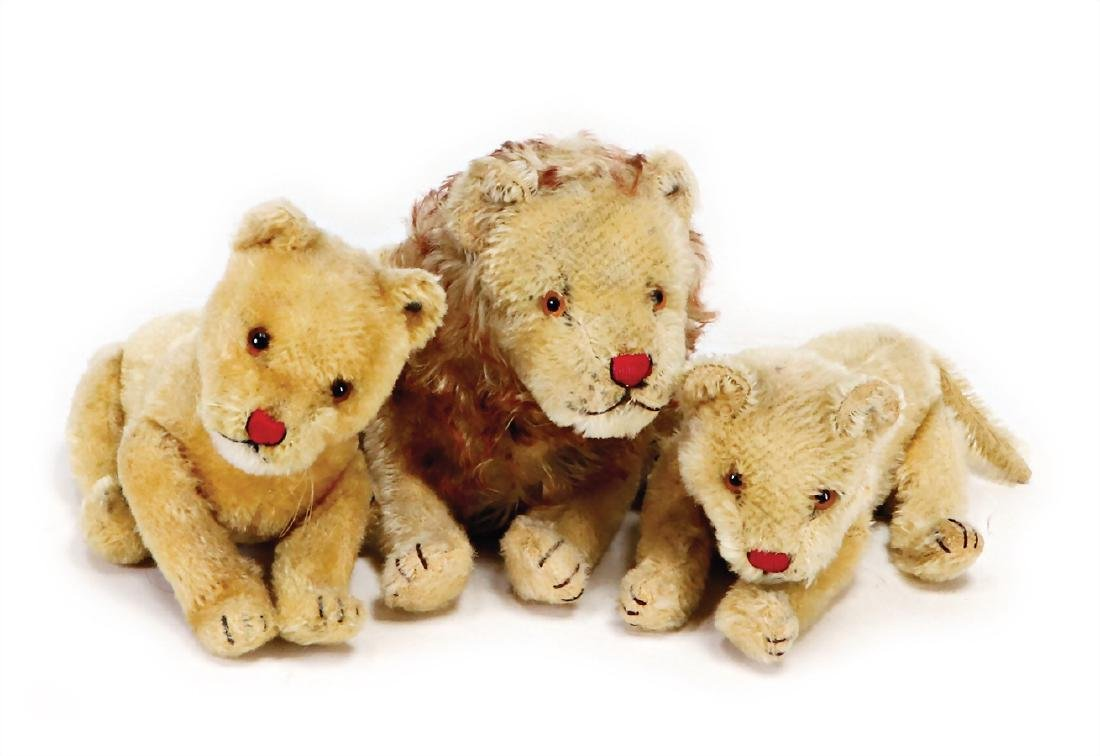 STEIFF mixed lot of  lions, 1 lion, pre-war era, with