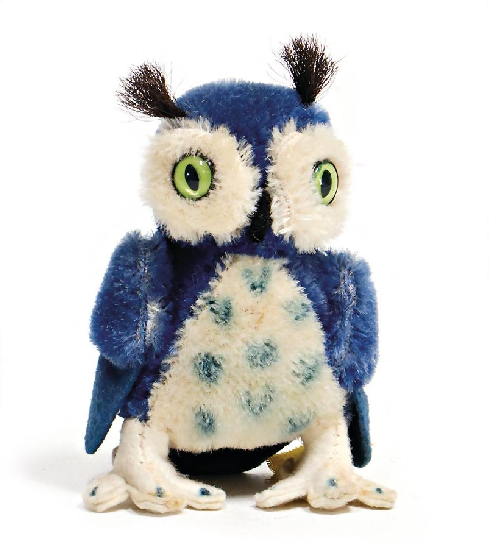 STEIFF owl, blue (rare), 10 cm, with button and  cloth
