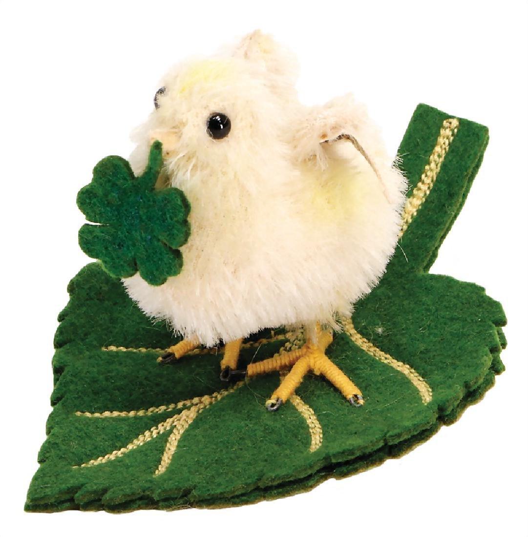 STEIFF lucky chick on a felt leaf, no catalog proof,