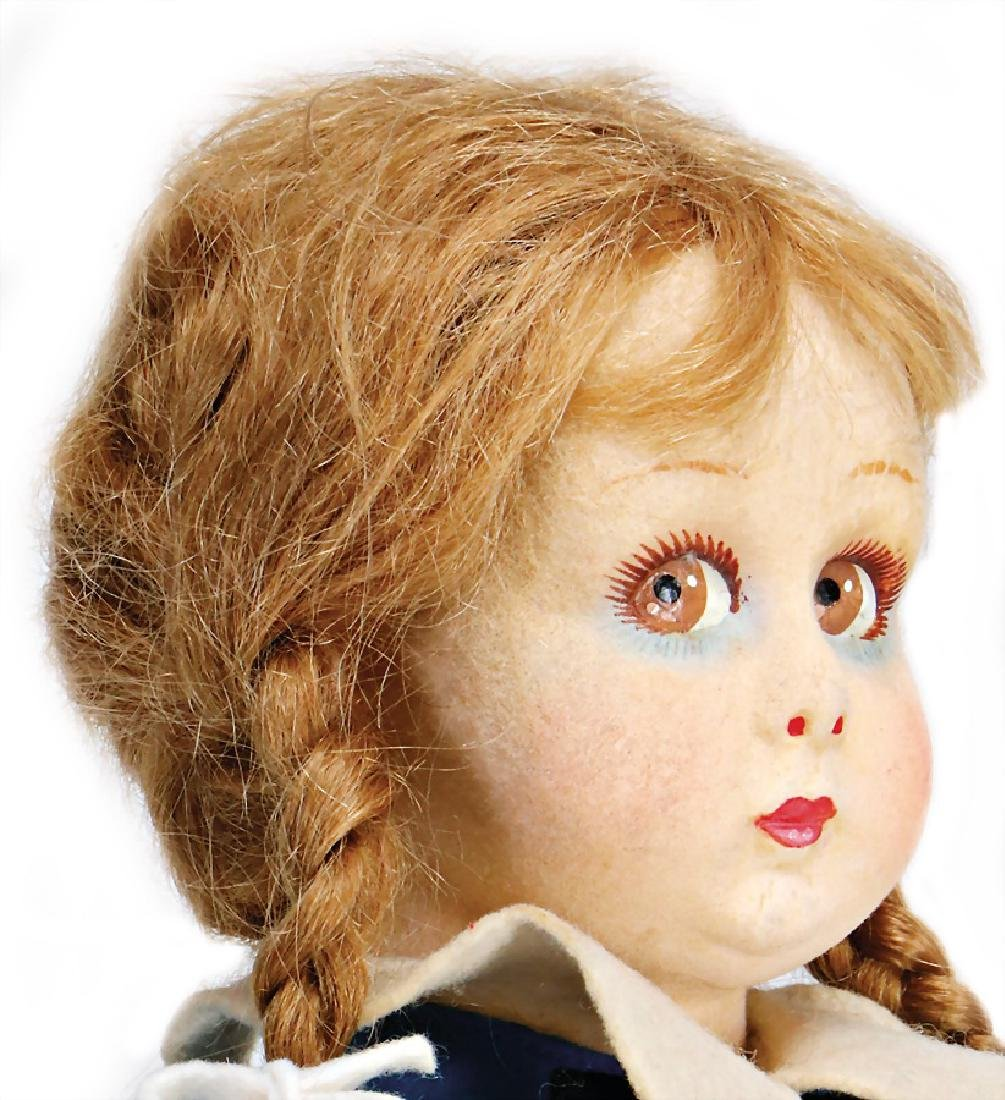 LENCI girl, swivel felt head, circular, big to the side - 2