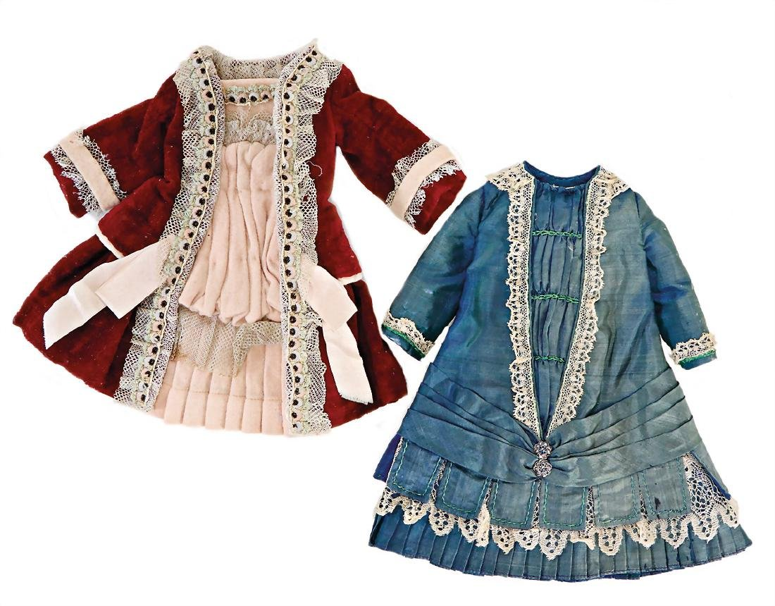2 pieces doll clothes for a  c. 30 cm and  26 cm
