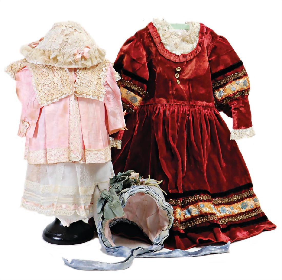 mixed lot of  doll clothes, 1 x wine-red dress,