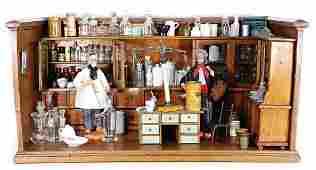 Puppenstuben-Apotheke, L: 77 cm, T: 40 cm, H: 38 cm,