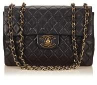 CHANEL Handtasche, Flap Bag Maxi, Lammleder,
