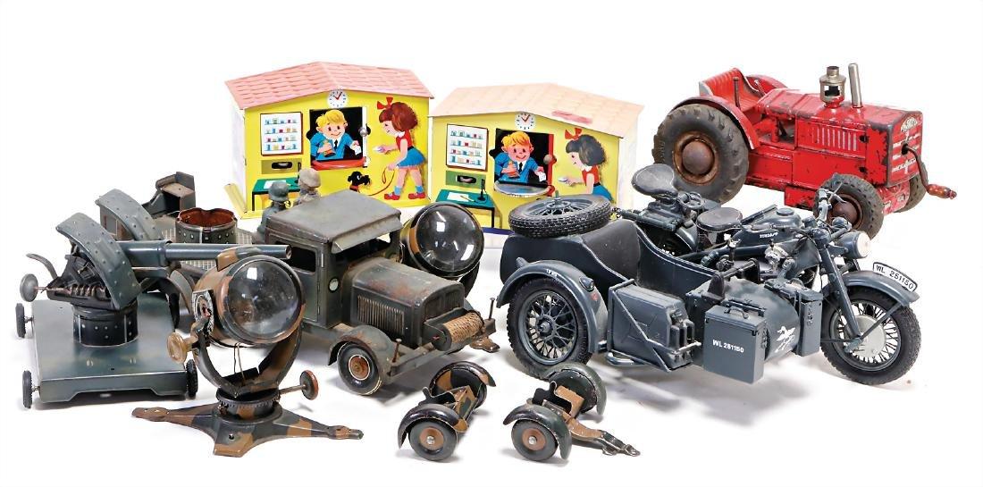mixed lot tin toy, TIPP & CO., 3-axled, truck, not
