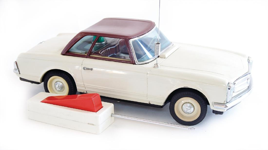 Mercedes, Pagode, sheet metal, battery-operated, remote