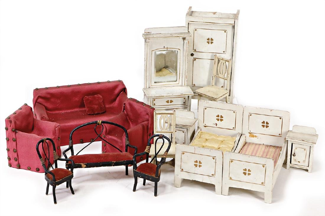 mixed lot of  dollhouse bedroom-furniture, GOTTSCHALK,
