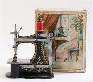 MÜLLER sewing machine, No. 1, bottom feed, gold decor,