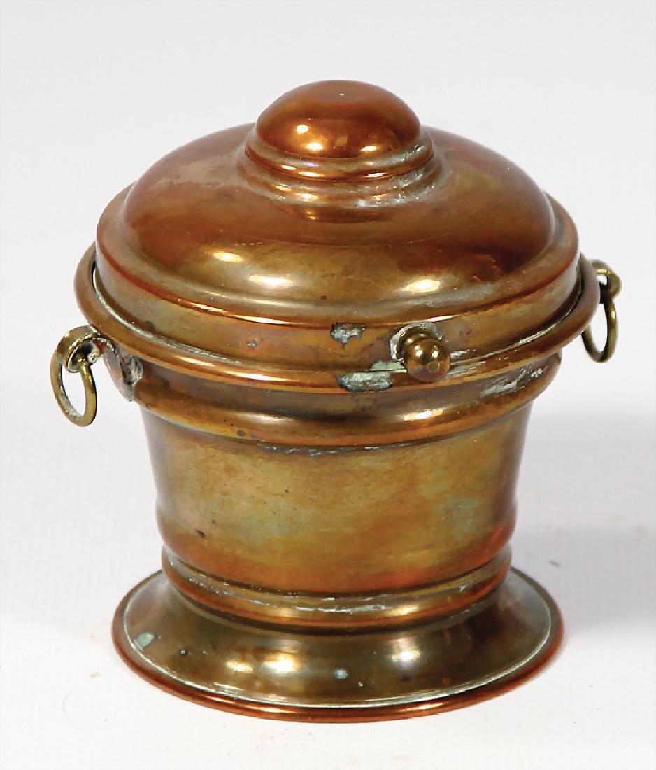 Deckelbehälter, Kupfer, 7,5 cm, ausgefallen   German