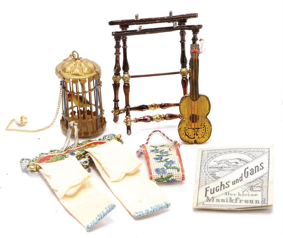 mixed lot of  dollhouse accessories, small birdcage,