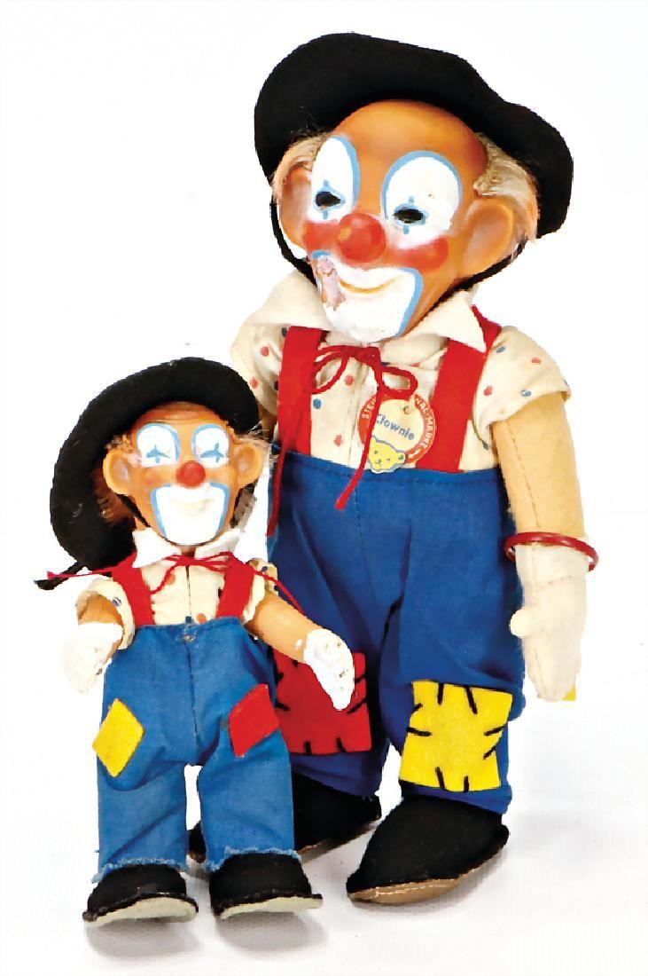 STEIFF 2x Clownie, 1x mit Knopf, Schild u. Fahne, Nr.
