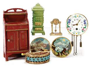 mixed lot of dollhouse decoration pieces small