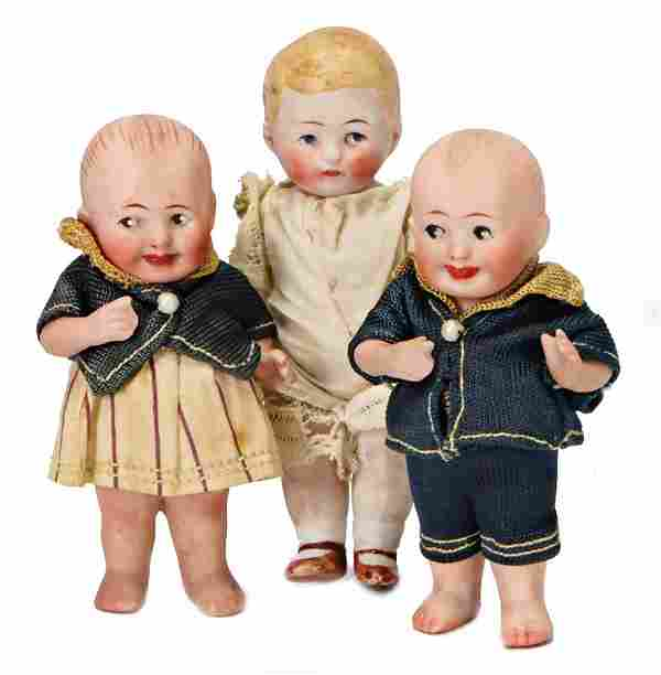 3 small all-bisque dolls, 3x Kwepie, boy and girl, 1