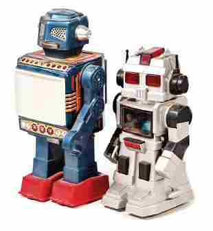 2 pieces robot 1x sheet metal and plastic parts