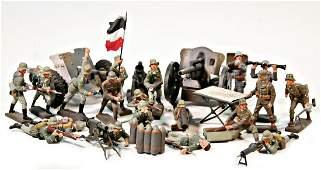 LINEOL mixed lot World War II, 7-7.5 cm, figures,