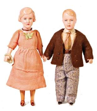 2 pieces celluloid Minerva a pair of dollhouse