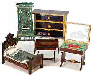 mixed lot of Biedermeier furniture, chest of drawers