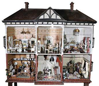 big stately dollhouse, England, with feet height: 177