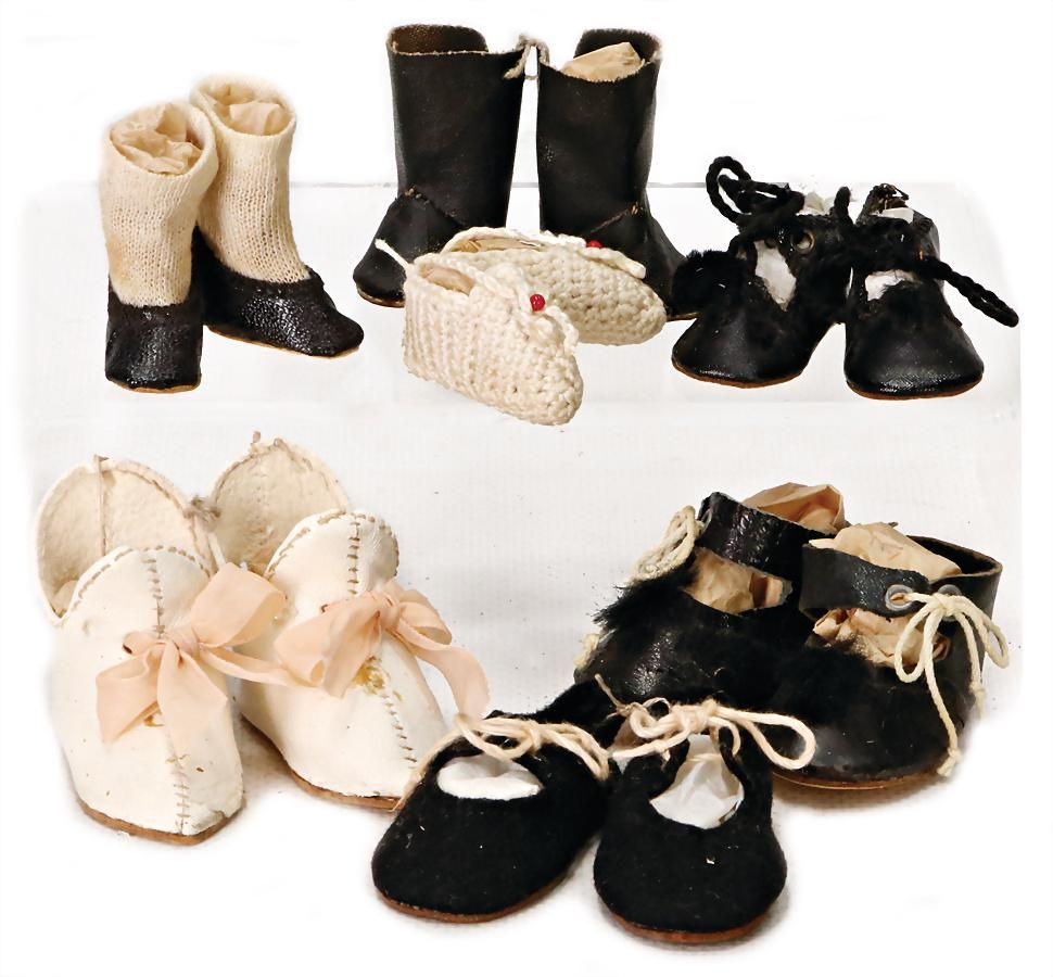 mixed lot of 7 pairs, doll shoes, small size, 3-5 cm,