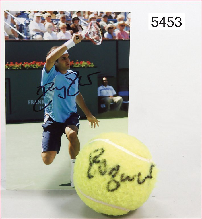 tennis player Roger Federer, tennis ball, with original
