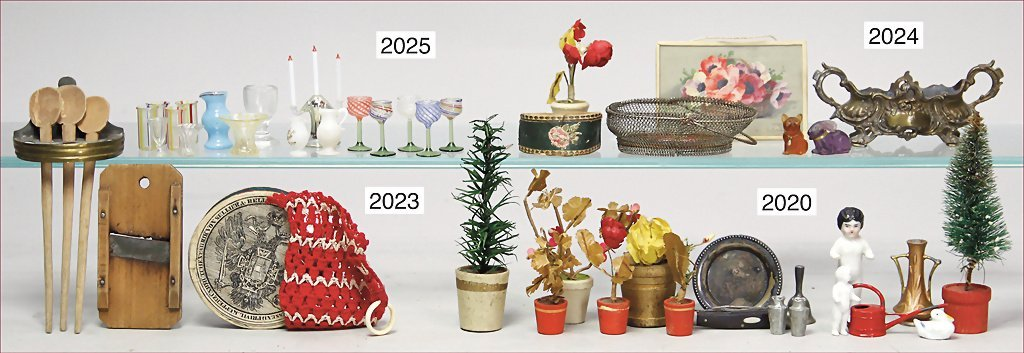 decoration pieces for a manorial dollhouse, 6