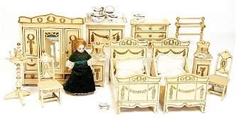 GOTTSCHALK dollhouse bedroom, 2 beds, 20 cm, cupboard,