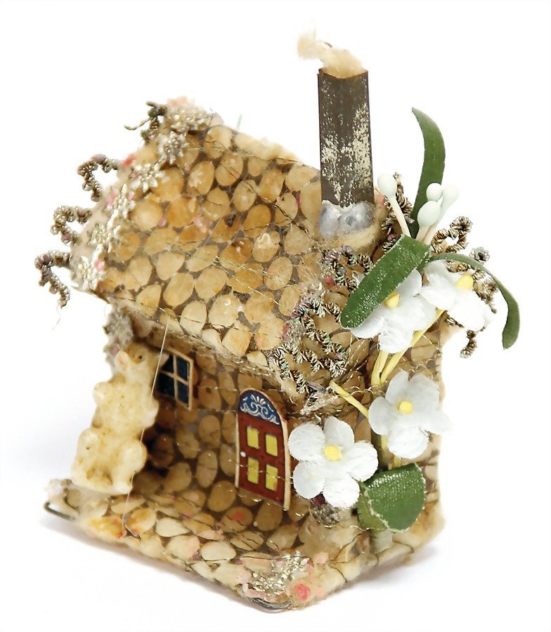 SEBNITZ gingerbread house, cotton wool, perforated
