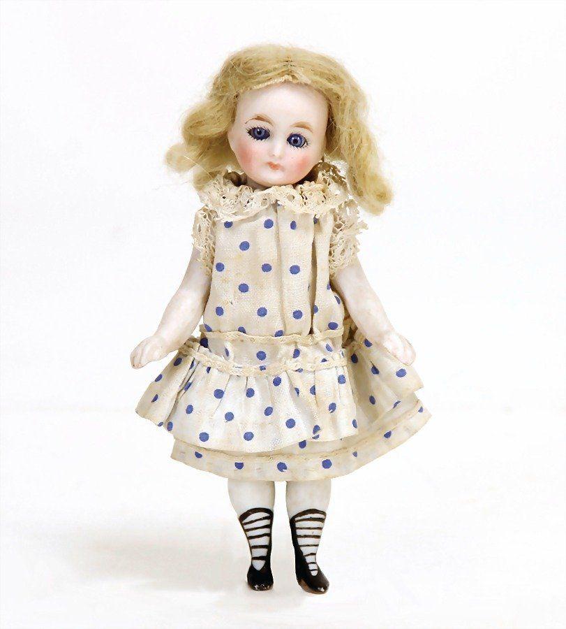 small all-bisque doll, 11 cm, socket head, blue sleepy