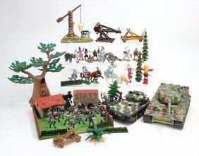 Gr. Konv., Kunststoff-figuren, Untersch. Hersteller,