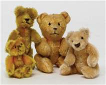 mixed lot of 4 small bears, among them 2x Schuco, 1x