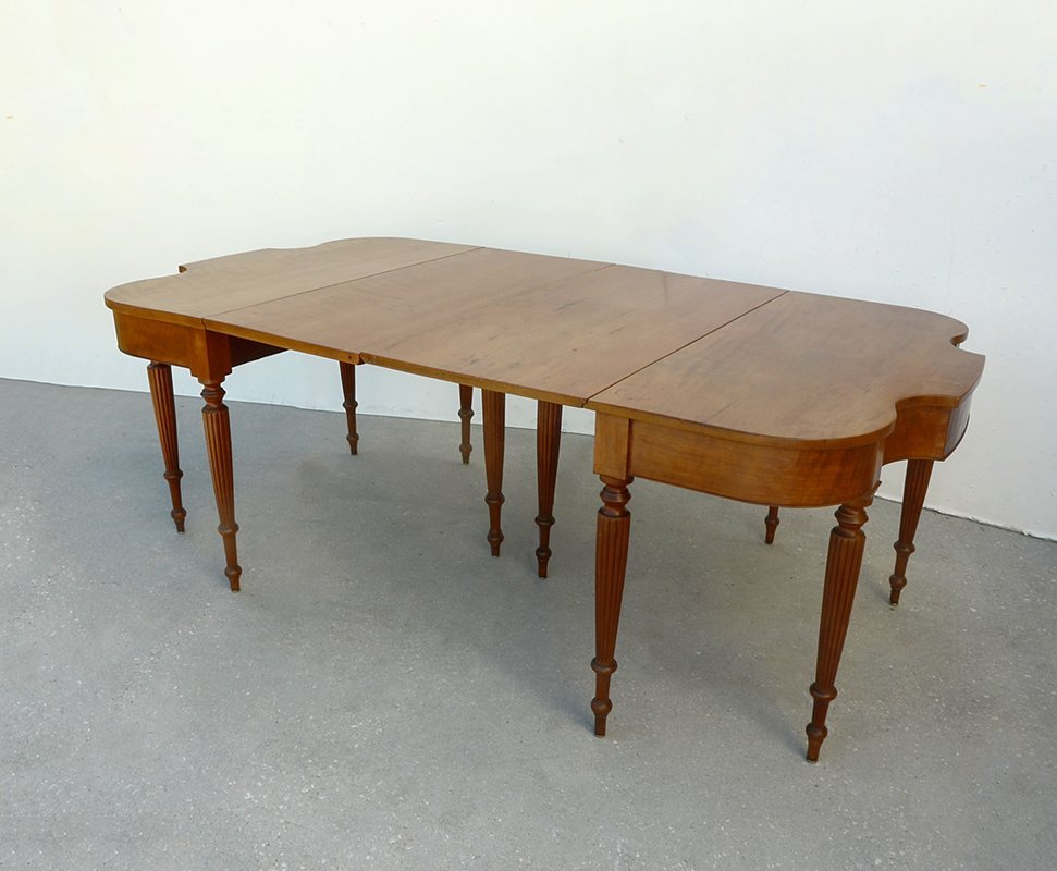 DOUBLE SERPENTINE END DROP LEAF DINING TABLE