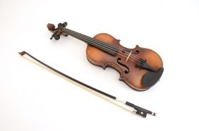 GERMAN 1/8 SIZE VIOLIN & BOW