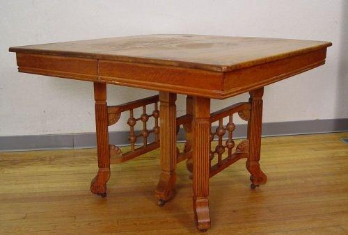 11: LATE VICTORIAN OAK KITCHEN TABLE W/ 4 LEAVES