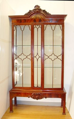 9: FRENCH MAHOGANY CHIPPENDALE STYLE DISPLAY CABINET