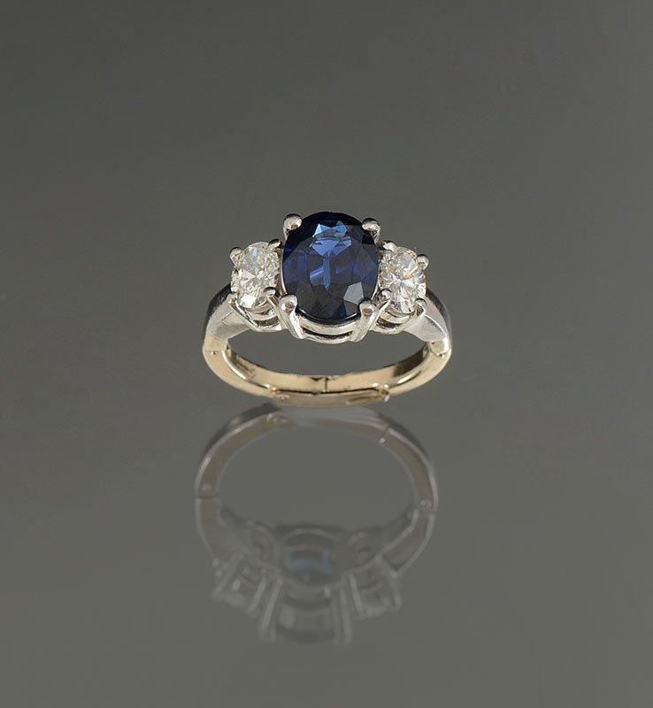 CLASSIC PLATINUM CEYLON SAPPHIRE & DIAMOND RING