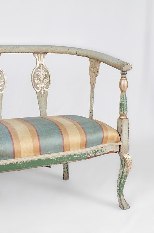 PAINT DECORATED SETTEE - 3