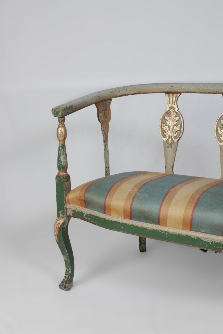 PAINT DECORATED SETTEE - 4