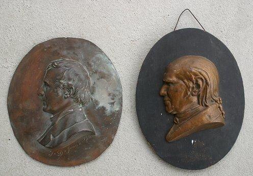 1019: T.D. JONES PORTRAIT BUST & BEN FRANKLIN BUST