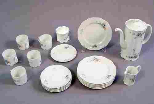 1401: ROSENTHAL FINE CHINA CLASSIC ROSE  65 pc