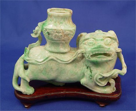 1400: CHINESE CARVED JADEITE FOO LION CANDLE HOLDER