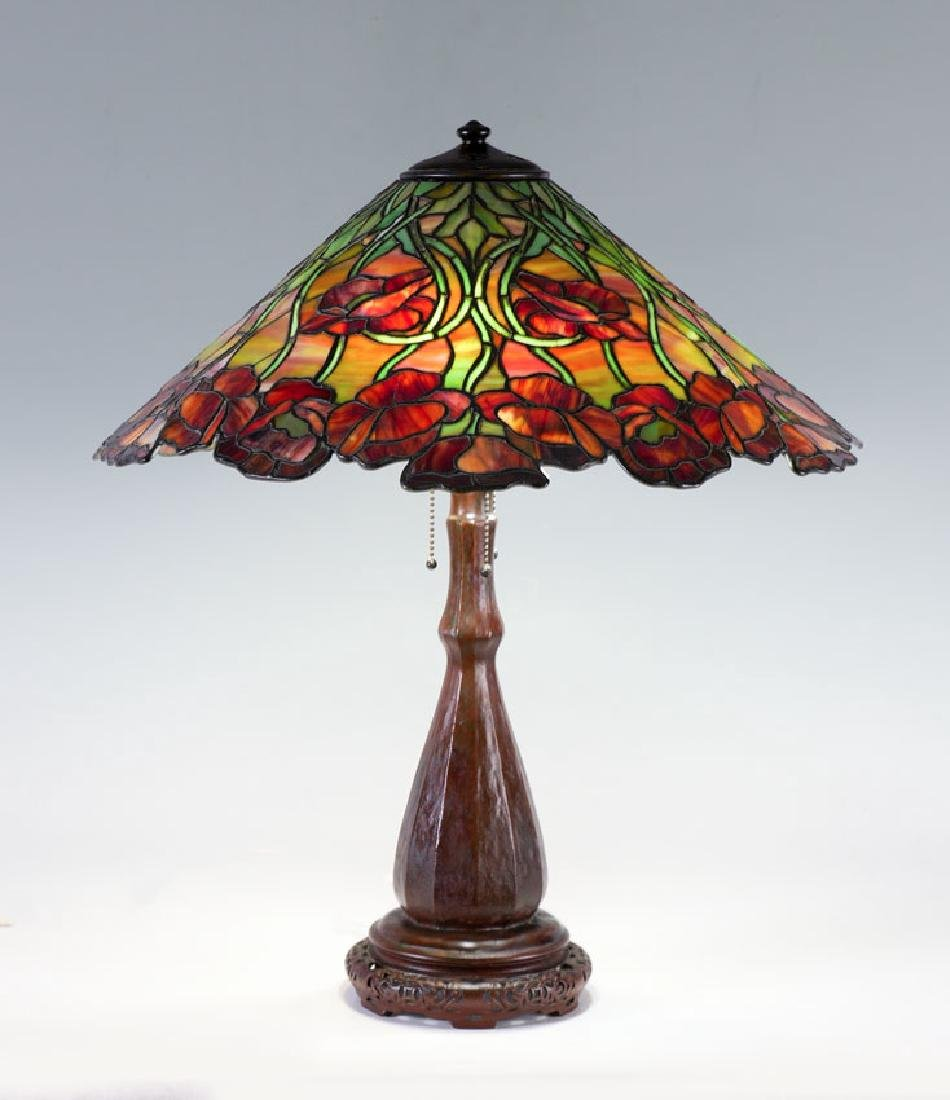 UNIQUE POPPY LEADED GLASS TABLE LAMP