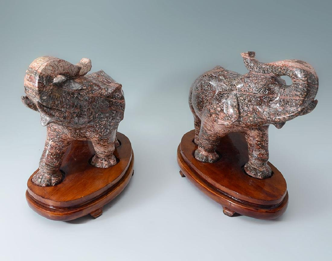 PAIR CARVED BRECCIATED JASPER ELEPHANTS - 3