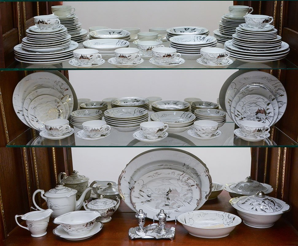 104 PIECE JAPANESE SILVER PAINTED SATSUMA CHINA