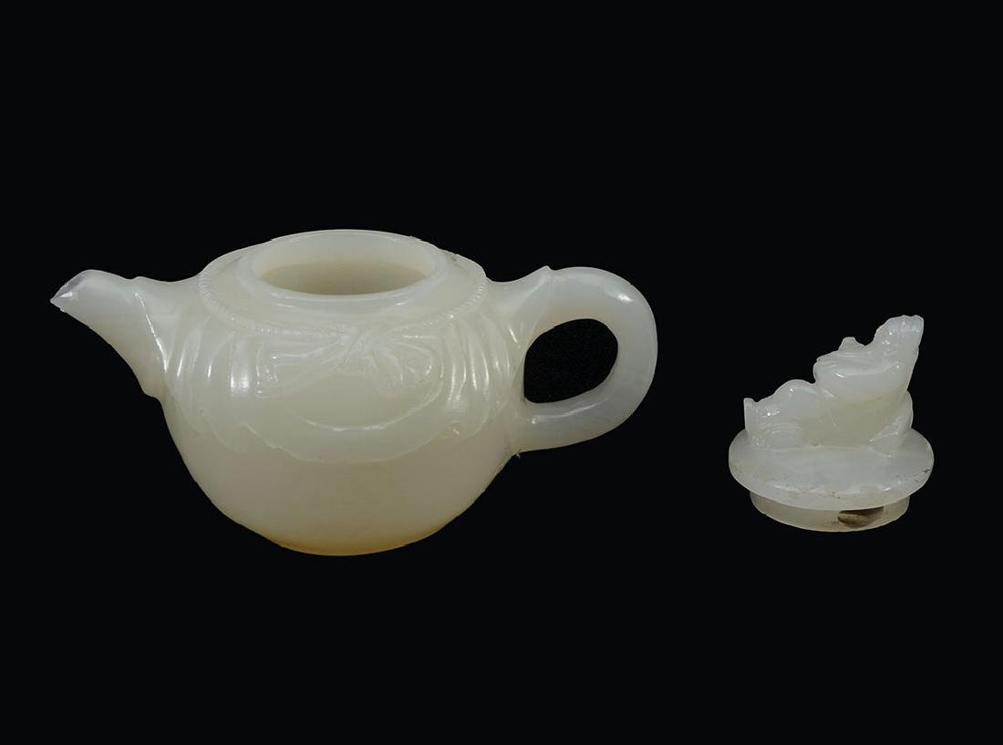 CHINESE CARVED WHITE AGATE TEAPOT - 3