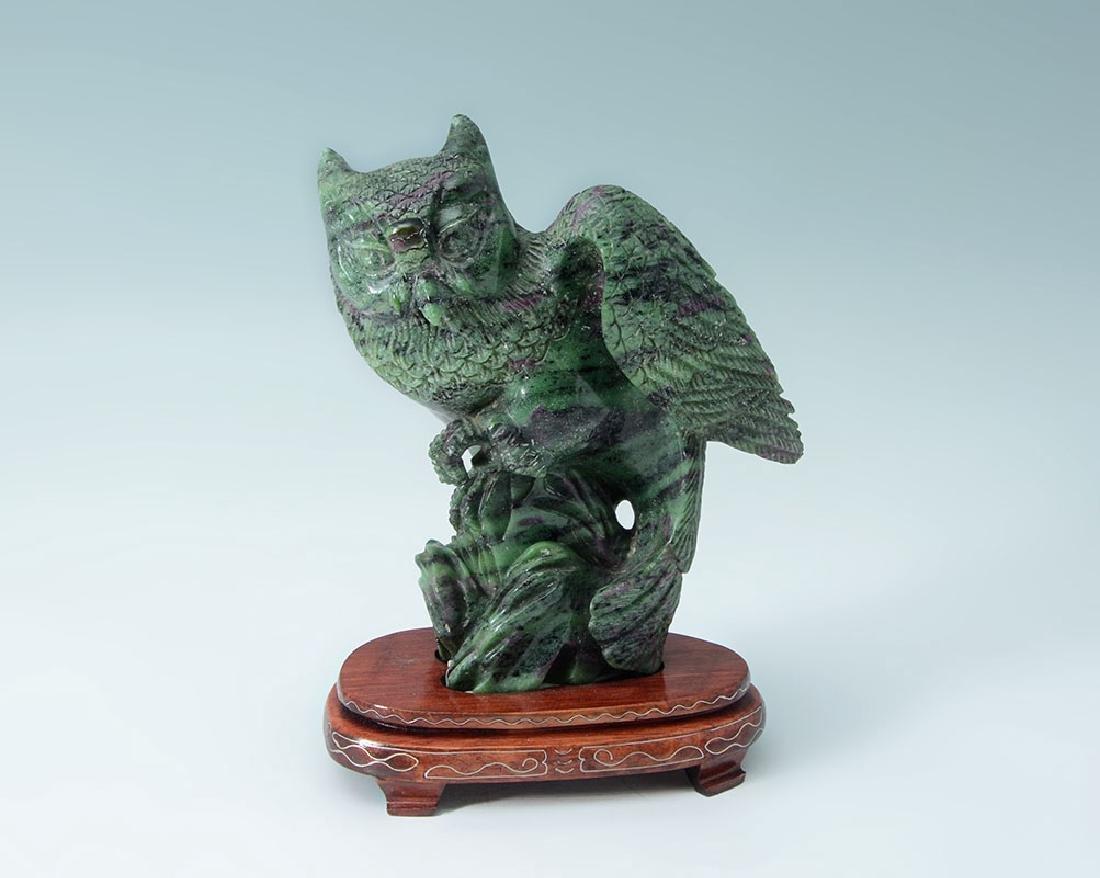 CARVED JASPER FIGURAL OWL