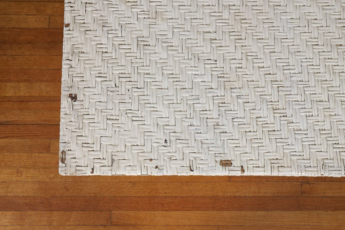 LARGE ANTIQUE WHITE WICKER DINING TABLE - 4