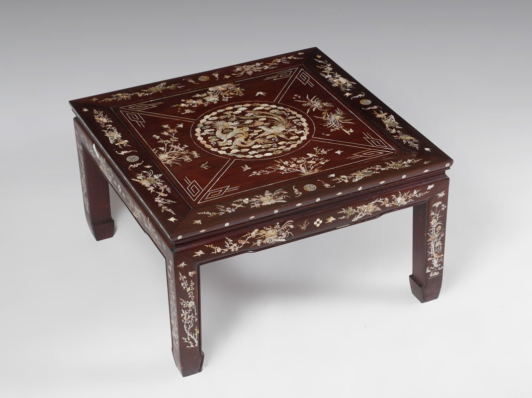 ORNATE CHINESE MOTHER OF PEARL INLAID LOW TABLE