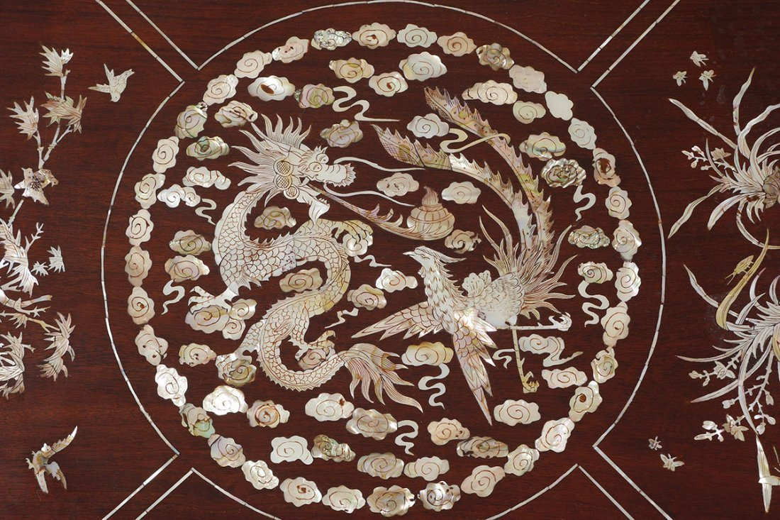 ORNATE CHINESE MOTHER OF PEARL INLAID LOW TABLE - 3